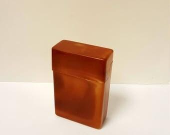 Very Cool Vintage Plastic Cigarette Flip Top Cigarette Box / Case, Shorts
