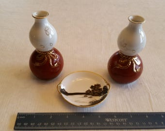 antique nippon double handle scenic dish / plate and 2 japan bud vases lantern style - red white gold trim retro vintage saucer figurines