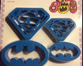 Superman and Batman cutter set