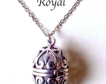 Pomander: Royal