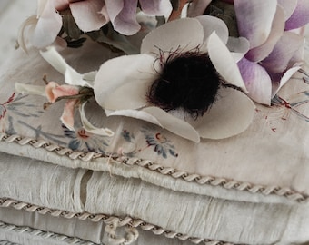 Stunning vintage millinery flowers in beautiful shades