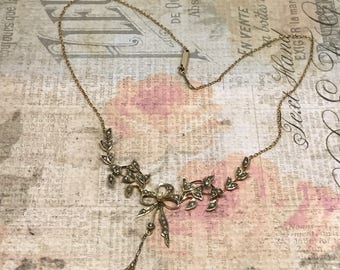 Antique Victorian Seed Pearl necklace in 10k gold, circa 1800 / Wedding Necklace / Antique Bow Seed Pearl Necklace