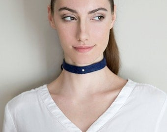 felted wool choker with Swarovski crystal, merino wool / silk blend, Felt necklace, blue handmade collar.,