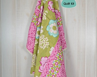 Quilt kit, Pre-Cut, Minky backed - Summer Blooms Quilt Kit