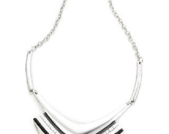 Antique Silver Finished Geometric Necklace NK4009j