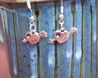Silver-plated love hearts dangle earrings with fish hooks