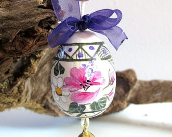 Hand painted wooden Easter Egg-decorating-with wire and Bell-contact us-hanging