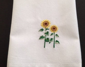 Dish Towel, Kitchen Towel, Embroidered Towel, Gift for Her, Hostess Gift, Bridal Shower, Wedding Shower, Engagement Gift, Kitchen Accessory