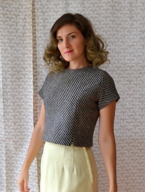 Artful Architect Top | vintage 60's knit tweed crop shell top