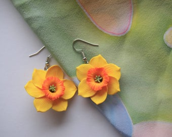 Yellow daffodil flower earrings Daffodil earrings Stud Floral earrings White daffodils Dangle & drop earrings Floral jewelry Custom order