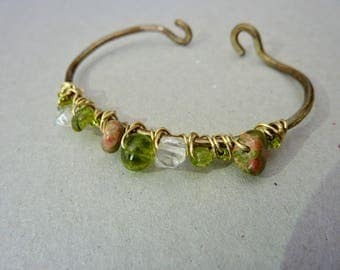 hand forged brass gemstone bracelet, natural patina, Peridot, Clear Crystal, Unakite, brass wired bracelet, gold and green,bohemian jewelry