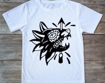 Wolf shirt, wolf tattoo, tattoo shirt, classic tattoo art, animal tattoo, hipster gift, gift for tattoo lovers, arrow shirt, tattoos, wolfs