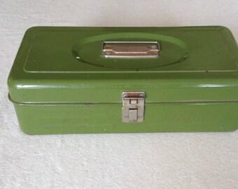Vintage Avacado Green Union Utility Storage Tool Box, Fishing Tackle Box - Cottage Chic, Rustic, Farmhouse, Industrial Decor