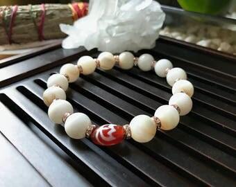 Tibetan Mystical Lotus Dzi Agate / Pearl Shell ivory Yoga Mala Beaded Bracelet. Protection Amulet Mala. Meditation Mala. Wrist Mala.