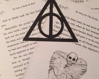 Hand made tale of 3 brothers deathly hallows sign ( Harry Potter )