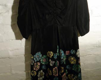 New PRICE * beautiful dress in black taffeta and multicolored flowers from the 50s * authentic 50's Vintage * T38