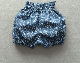 Navy floral baby bloomer, baby girl bubble bloomer, bubble shorts, diaper cover, bloomer baby girl, newborn bloomer, toddler bloomer shorts