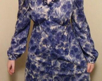 Junior girls Dress blue / white size 3-4