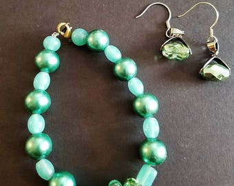 Teal & Green Bracelet and Earring Set