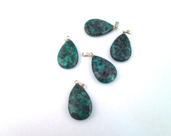 1 Green Agate Stone Pendant 17x28mm, A223