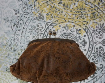 Clothilde clutch (embossed brown faux leather)