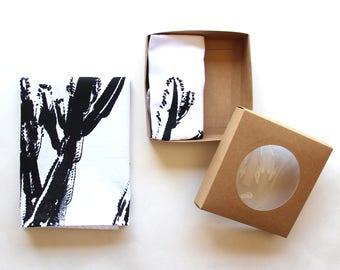 Black & White Cactus Cloth Napkin Set - Boho Desert Cactus Design - Modern Southwest Decor