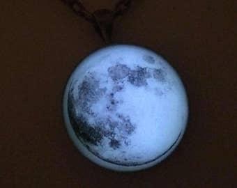 Real Full Moon Glow in the Dark Necklace Jewelry Magic Glowies