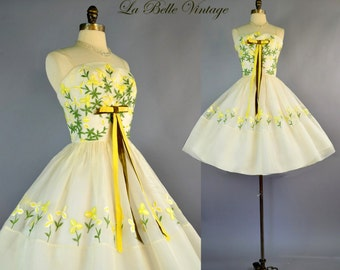 1950s Yellow Floral Sundress XS S Vintage Embroidered Sheer Ivory Dress