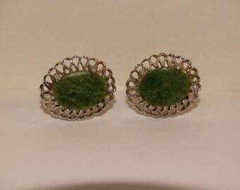 Vintage 1970's Jewelry Mens Cufflinks Jade Green Stone, Silver Good Luck Green, retro 70's fashion design style Formal Jewelry