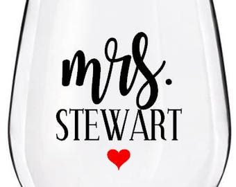 Mr & Mrs Plastic Personalized Stemless Wine Glass, Girls Weekend Party Cups, Personalized Party Cups, Bachelorette Party Cups