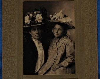 Antique Photo Woman Girl Coats Flower Covered Hats Rustinson Kenyon Minnesota Early 1900s