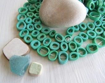 Small Green  Bone beads,  triangle freeform donut shape , irregular bead frame, Rustic ethnic 10 to 15 mm ( 16 beads ) 6db4-9