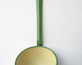 Vintage Enamel Ware, Vintage 1940's Jade Green and Cream Enamel Ware Long Handle Ladle, Punch Ladle, Soup Ladle, Dipper, Kitchen Decor