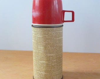 Mid Century Thermos Faux Burlap • Thermos Brand Metal Thermos • Vintage Ivory and Tan Thermos Rd Lid