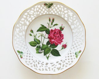 Vintage Pierre-Joseph Redouté Classic Roses Plate / 1960s Schumann Arzberg Tradition / No. I - Rosa Indica Cruenta / Unique Gift Under 50