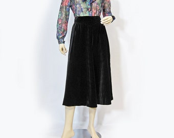 Vintage Skirt 70s Black Velvet High Waist Full A Line Midi S