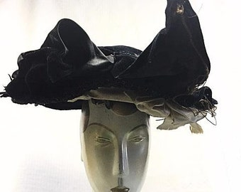 Original Victorian Hat 1890s Early Women's Wide Brim Antique 1800s Black Velvet Silk satin and Straw with Black Bird Feathers Historical Hat