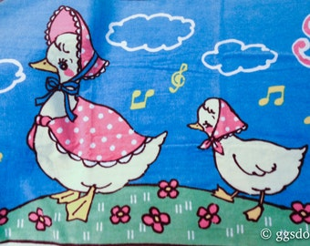 Vintage Japan Retro Mint in Package Swimmer Mother Duck and Ducklings Towel