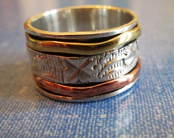 RING  - SPINNING -  spinner  - TRIPLE   - Wide - Bands - Three Tone - 925 - Sterling Silver - Size 8 spinner214