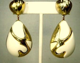 Large Gold & White Post Dangle Earrings, 1970s, Modernist Teardrops, Lightweight