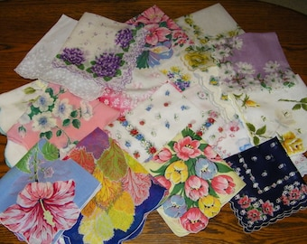 Vintage Lot of 25 CRAFT CUTTER Scalloped Printed Floral Handkerchiefs, 9778