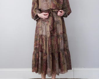70s floral print bohemian belted mauve autumn dress (m - l)