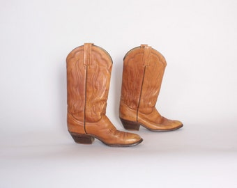 Vintage 80s FRYE BOOTS / 1980s Caramel Brown Leather Stack Heel Western Boots 8