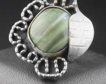 Vintage Navajo Jewelry, Green Agate Navajo Ring, Native American Ring, Sterling Silver Ring, 1970s Ring, Size 5 Ring