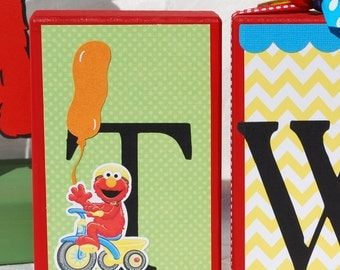 Set of 3 Sesame Street Birthday Block Letters . TWO . 2nd Birthday Picture
