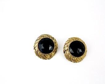 Vintage 80s jewel earrings Antique Gold Metal w Jet Black Glass Cabochon Clip on Backs