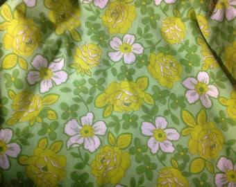 Vintage King  flat  bed sheet green  Flower  Power