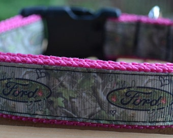 Pink Ford camo dog collar & leash set