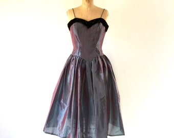 Vintage 1950s Dress Iridescent Blue Full Skirt Velvet Sweetheart Neckline Party Prom Dress S