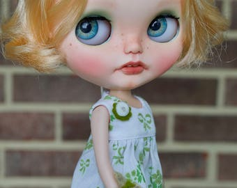 RESERVED *OOAK University of Love Customized Blythe Doll - Astrid